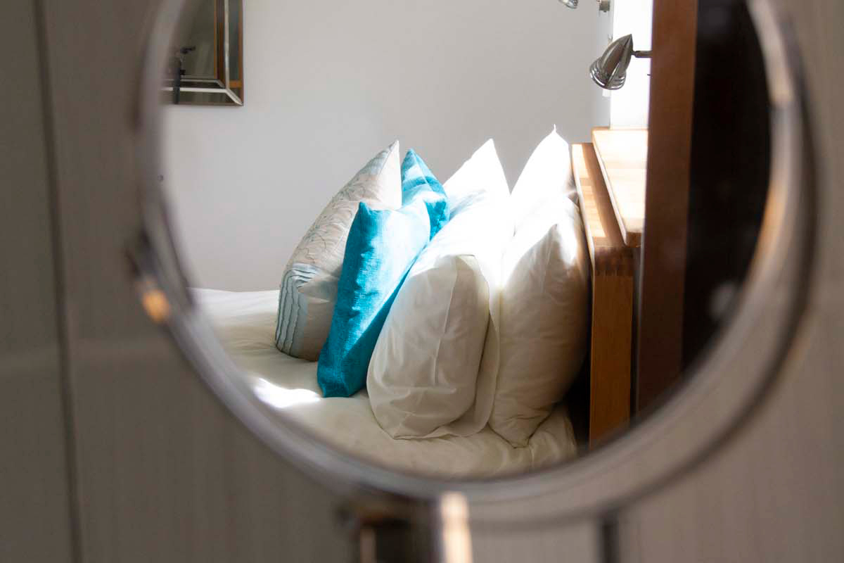 Knott Cottage self catering, Isle of Skye, mirror