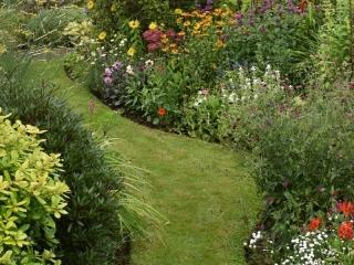 Knott Cottage self catering, Isle of Skye, garden, pathway